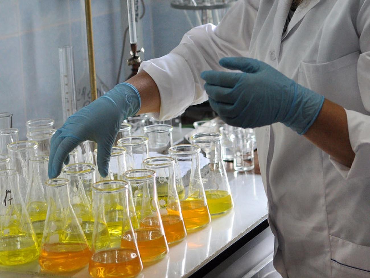 配制生化需氧量检测所需试剂